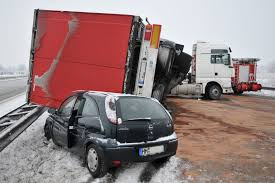 18 wheeler accident lawyers - truck accident attorneys
